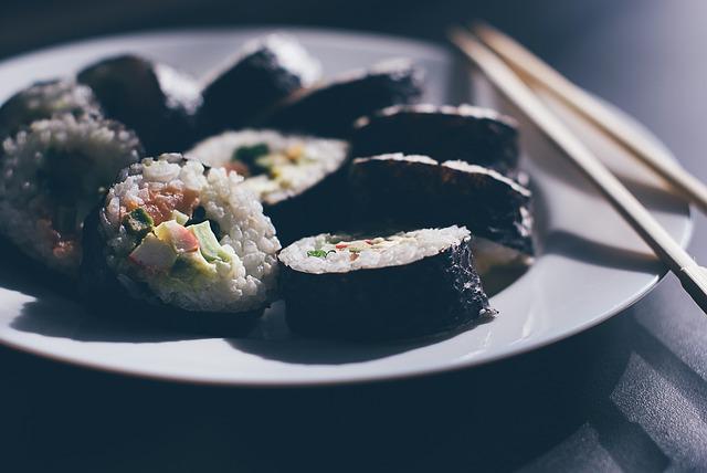sushi-933065_640
